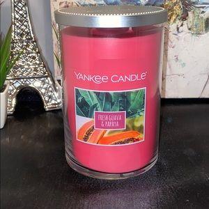 Yankee Candle Scented Fresh Guava & Papaya 22oz